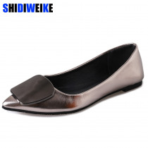 2019 Women Flats Metal Buckle Flat Shoes Women Loafers Patent Leather Ladies Shoes Casual Pointed Toe Slip On Shoes For Women