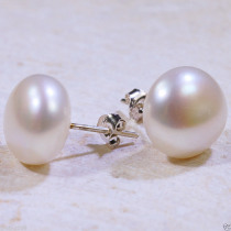 hot sell new - Beautiful 9-10mm White Natural Freshwater Pearls Silver Stud Earrings