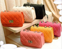 Fashion new handbags High quality PU leather Women bag Candy-colored sweet girl lattice Shoulder bag Lock Stereotypes Female bag